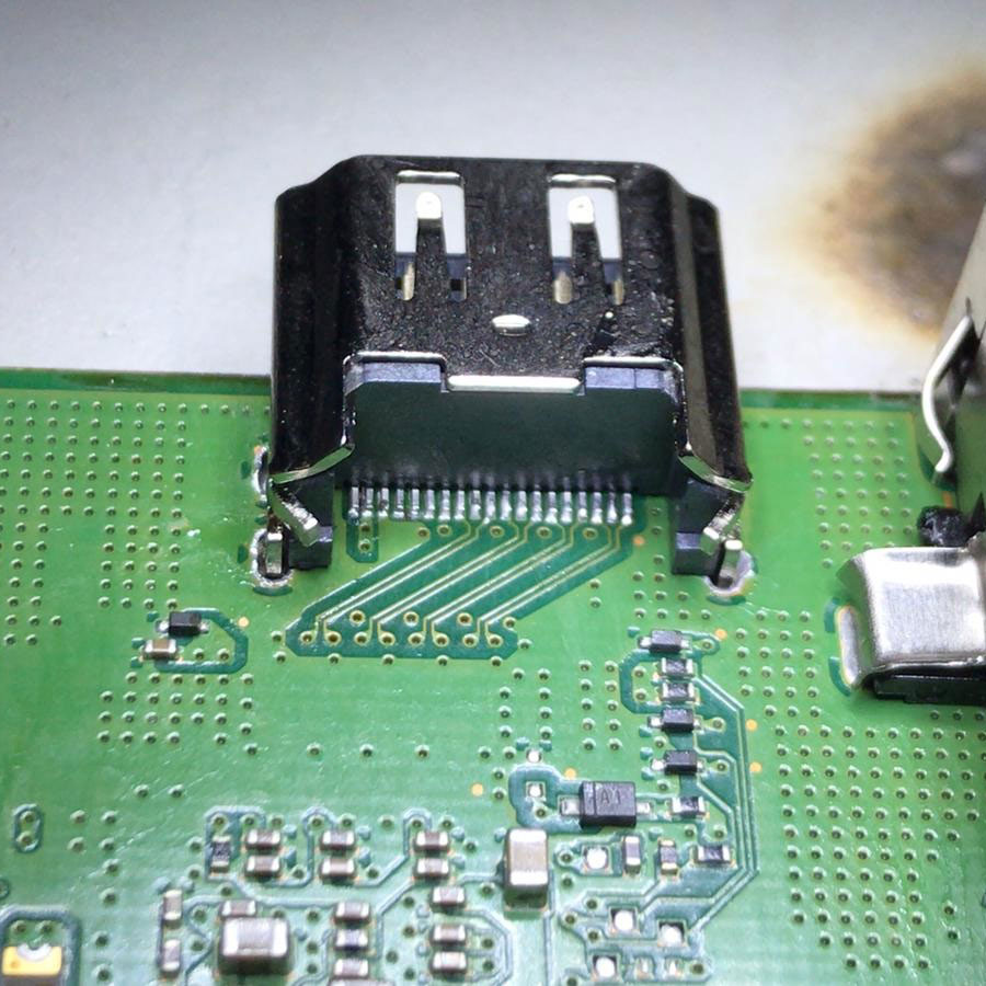 HDMI_port_Playstation_PS4_TRier_Playstation-Reparatur